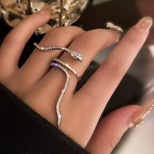 🎀925 Snake Sapphire Ring